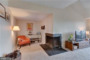 Photo of 13 PRESIDENT POINT DR #B3, ANNAPOLIS, MD 21403 (MLS # MDAA373932)