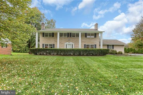 Photo of 370 PLEASANTVIEW DR, MOUNTVILLE, PA 17554 (MLS # PALA171936)