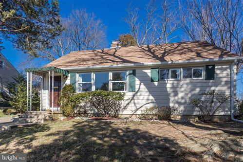 Photo of 6708 BARRETT RD, FALLS CHURCH, VA 22042 (MLS # VAFX1113938)