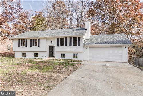 Photo of 14999 WOODSMAN LN, WOODBRIDGE, VA 22193 (MLS # VAPW482940)
