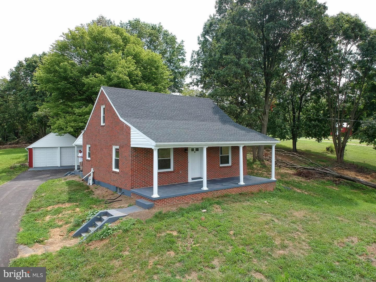 Photo of 21211 SAN MAR RD, BOONSBORO, MD 21713 (MLS # MDWA173940)