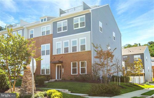 Photo of 304 BRIGHT LIGHT CT, EDGEWATER, MD 21037 (MLS # MDAA449942)