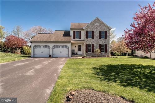 Photo of 84 WILLOW RDG, NEW HOLLAND, PA 17557 (MLS # PALA142946)