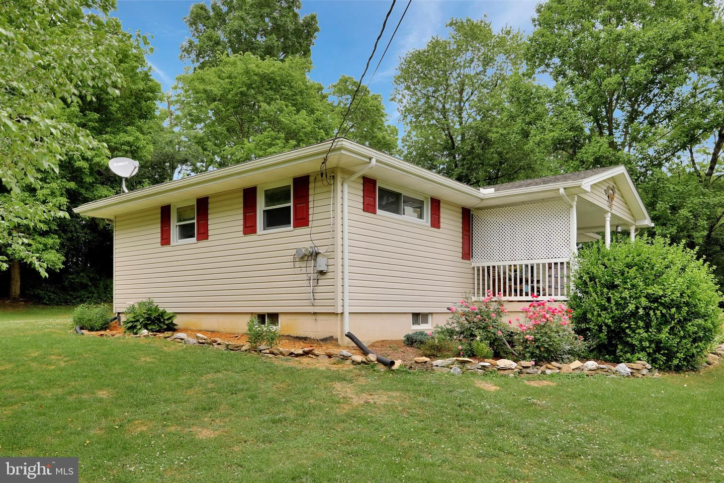 Photo of 18322 MANSFIELD RD, KEEDYSVILLE, MD 21756 (MLS # MDWA172948)