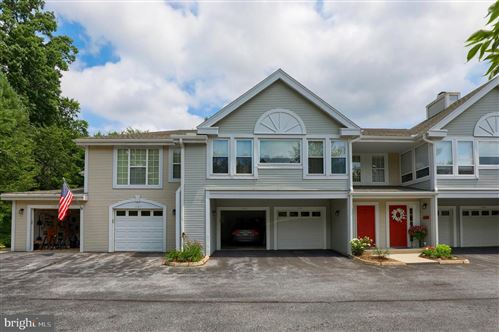 Photo of 1101 COUNTRY PLACE DR, LANCASTER, PA 17601 (MLS # PALA166950)