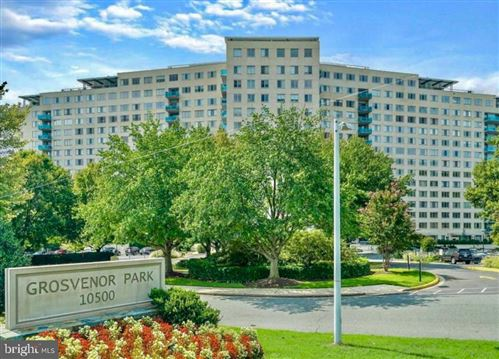 Photo of 10500 ROCKVILLE PIKE #217, ROCKVILLE, MD 20852 (MLS # MDMC729952)