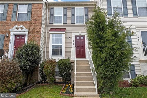Photo of 6383 MICHAEL ROBERT DR, SPRINGFIELD, VA 22150 (MLS # VAFX1192954)