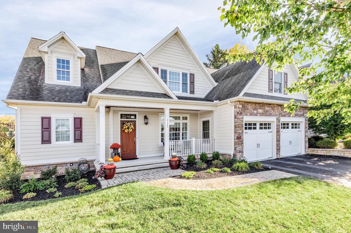Photo of 2133 ARBOR CT, MECHANICSBURG, PA 17055 (MLS # PACB128954)