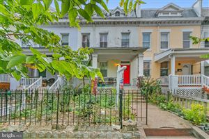 Photo of 635 LAMONT ST NW, WASHINGTON, DC 20010 (MLS # DCDC445956)