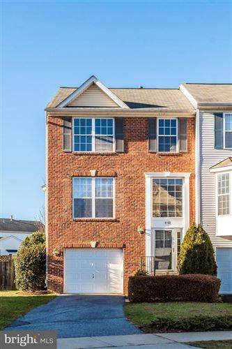 Photo of 1913 CROSSING STONE CT, FREDERICK, MD 21702 (MLS # MDFR256958)
