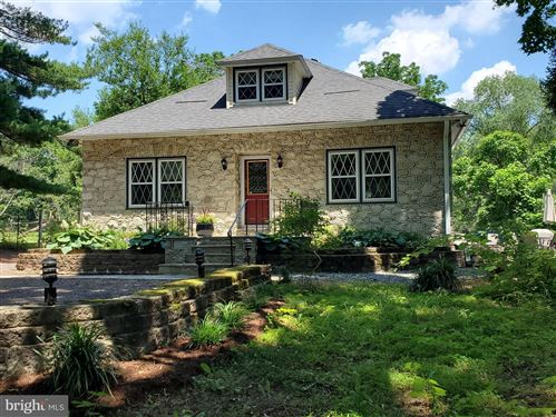 Photo of 135 COLDSTREAM RD, PHOENIXVILLE, PA 19460 (MLS # PACT2000958)