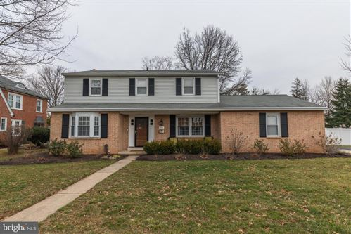 Photo of 901 YORK AVE, LANSDALE, PA 19446 (MLS # PAMC638958)