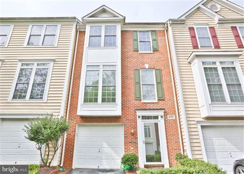 Photo of 4038 FAIRFAX CENTER HUNT TRL, FAIRFAX, VA 22030 (MLS # VAFX1125958)