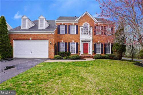 Photo of 17720 CRICKET HILL DR, GERMANTOWN, MD 20874 (MLS # MDMC704960)