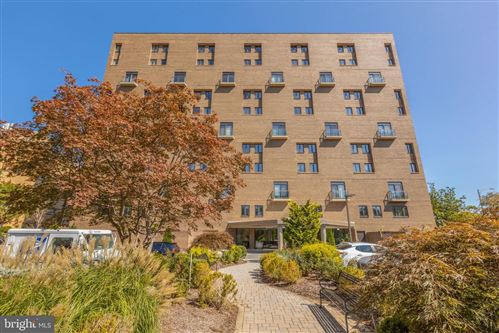 Photo of 1401 N OAK ST #G-5, ARLINGTON, VA 22209 (MLS # VAAR169960)