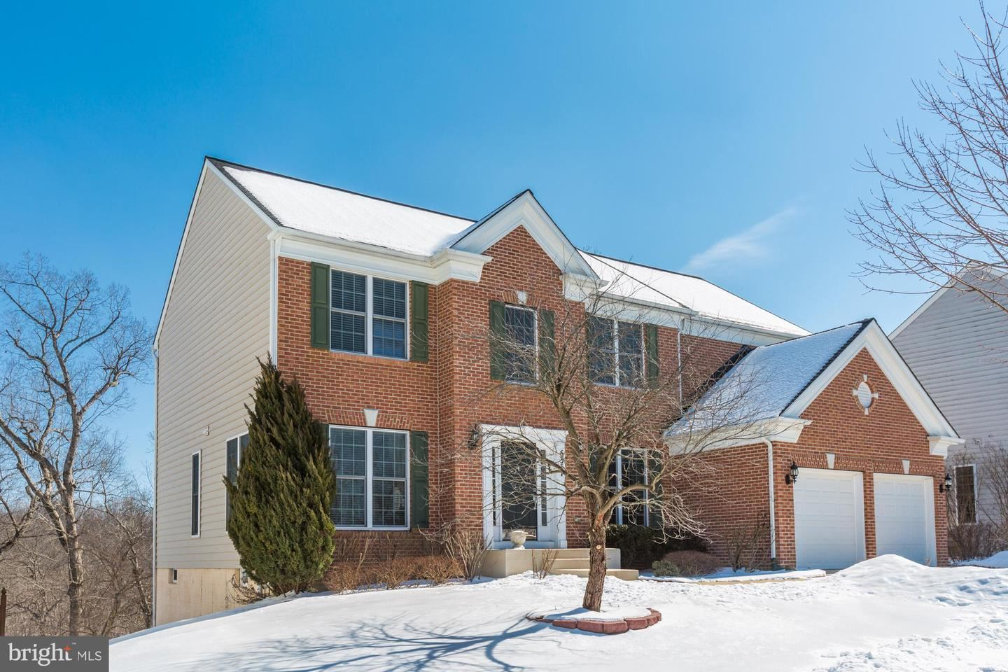 Photo of 6317 MEANDERING WOODS CT, FREDERICK, MD 21701 (MLS # MDFR276960)