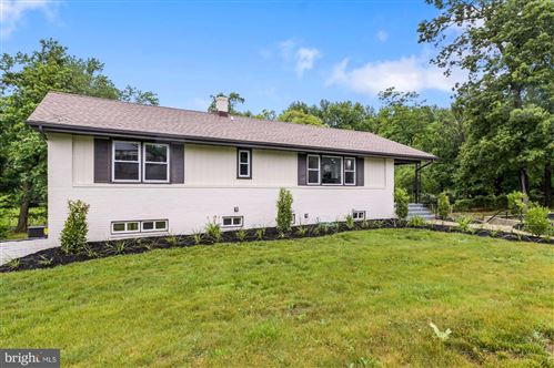 Photo of 266 HILLSMERE DR, ANNAPOLIS, MD 21403 (MLS # MDAA471962)