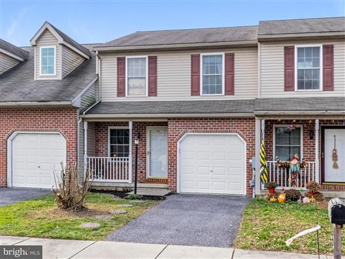 Photo of 237 MEADOW LN, QUARRYVILLE, PA 17566 (MLS # PALA143964)