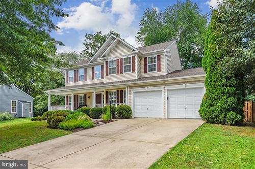 Photo of 527 RUGBY CT, PURCELLVILLE, VA 20132 (MLS # VALO2005964)