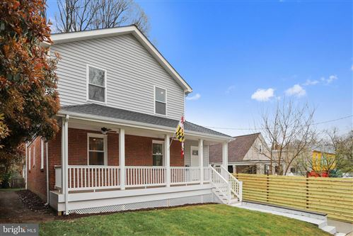 Photo of 407 SILVER SPRING AVE, SILVER SPRING, MD 20910 (MLS # MDMC758968)