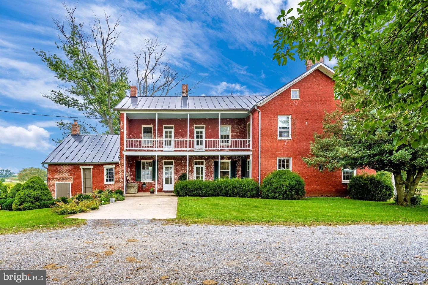 Photo of 4200 BUSSARD RD, MIDDLETOWN, MD 21769 (MLS # MDFR2003970)