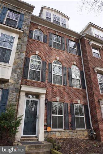 Photo of 11934 WEYBRIDGE LN, GERMANTOWN, MD 20876 (MLS # MDMC690972)