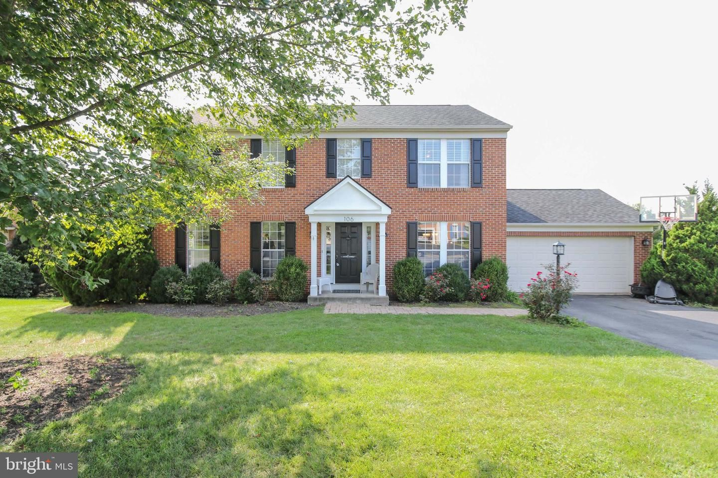 Photo of 106 IVY HILL DR, MIDDLETOWN, MD 21769 (MLS # MDFR269972)