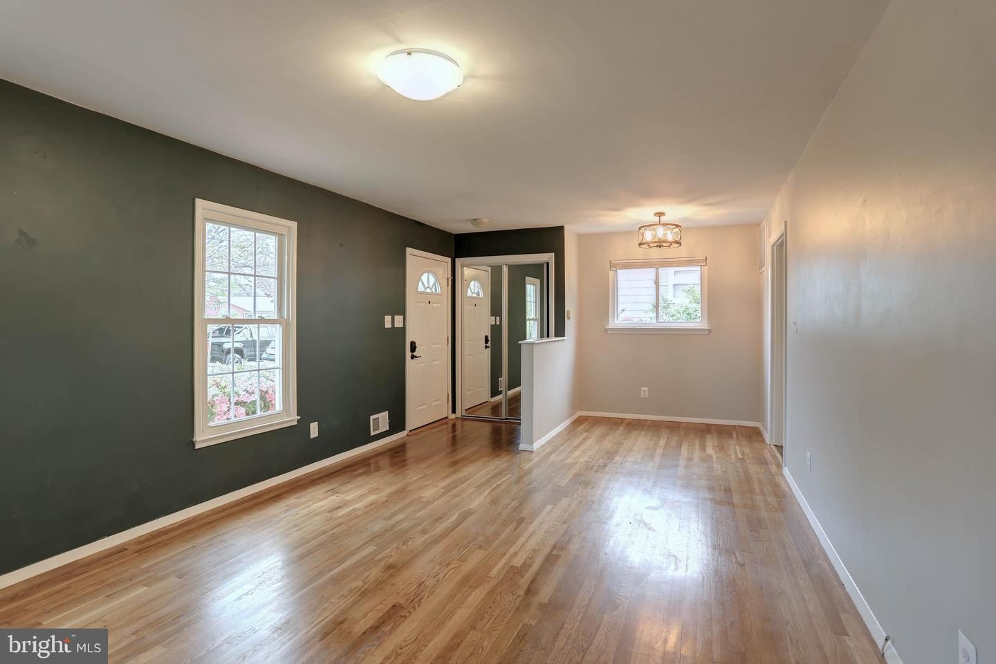 Photo of 1953 LEWIS AVE, ROCKVILLE, MD 20851 (MLS # MDMC756972)