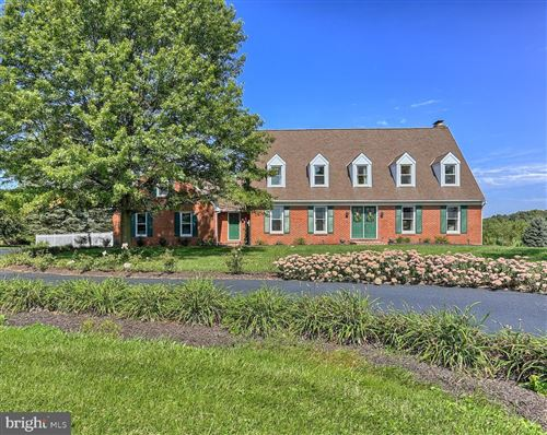 Photo of 1090 S PLEASANT AVE, DALLASTOWN, PA 17313 (MLS # PAYK124984)