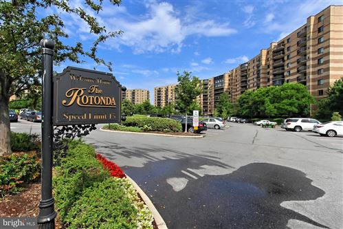 Photo of 8380 GREENSBORO DR #1024, MCLEAN, VA 22102 (MLS # VAFX1174984)