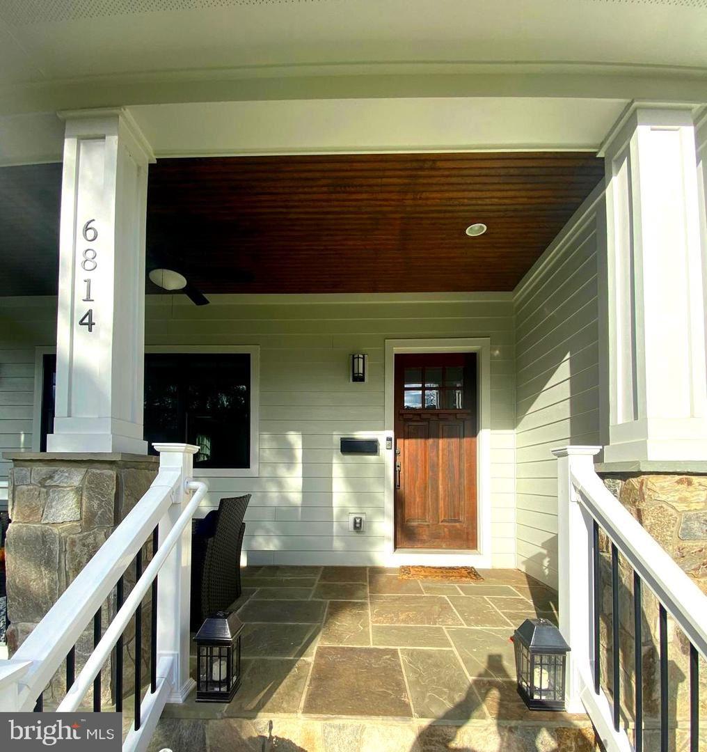Photo of 6814 BROYHILL ST, MCLEAN, VA 22101 (MLS # VAFX1166984)