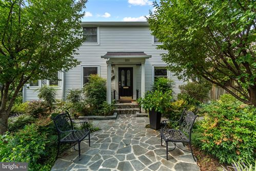 Photo of 5318 YORKTOWN RD, BETHESDA, MD 20816 (MLS # MDMC724986)