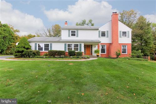 Photo of 86 TODMORDEN DR, ROSE VALLEY, PA 19086 (MLS # PADE501988)