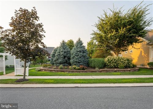 Photo of 552 CONSTITUTION DR, EPHRATA, PA 17522 (MLS # PALA2002988)