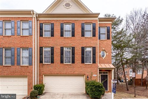 Photo of 8040 GALLOWS OAK CT, VIENNA, VA 22182 (MLS # VAFX1197988)