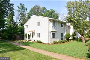 Photo of 43 WEDGEDALE DR, STERLING, VA 20164 (MLS # VALO389990)