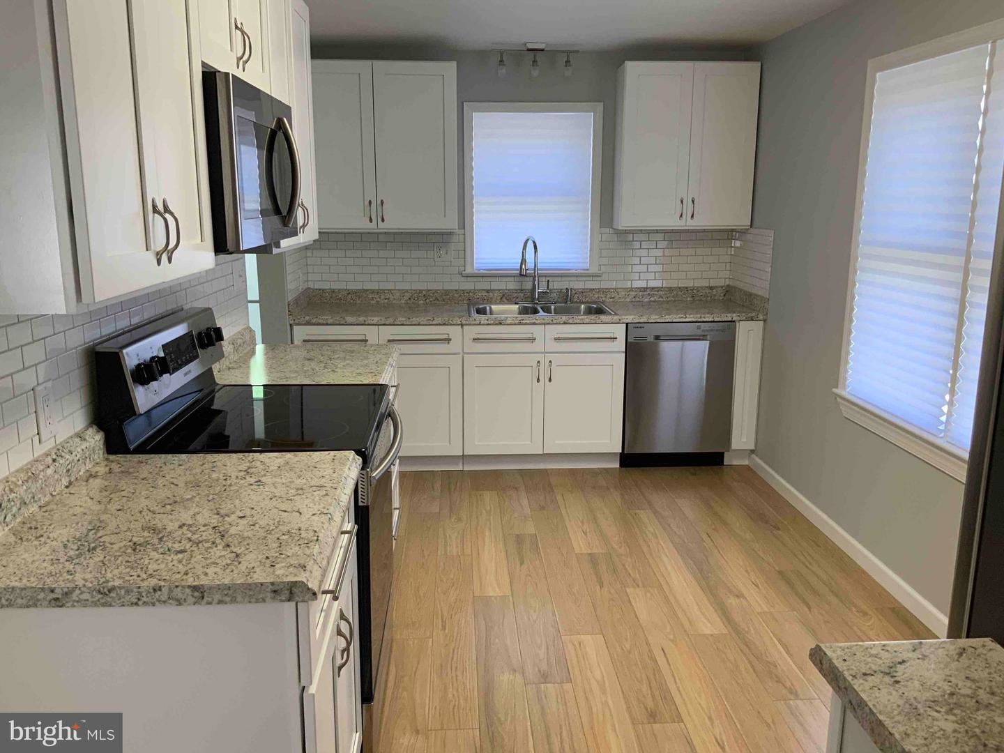 Photo of 441 INDIANA AVE, HAGERSTOWN, MD 21740 (MLS # MDWA2000990)