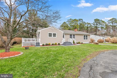 Photo of 406 LAKE DR, LUSBY, MD 20657 (MLS # MDCA173994)