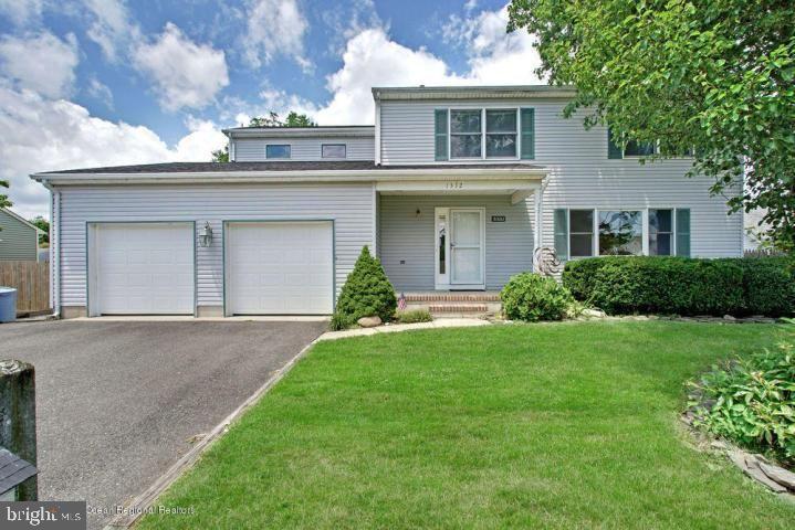 1332 WINDWARD AVE, Beachwood, NJ 08722 - #: NJOC399994