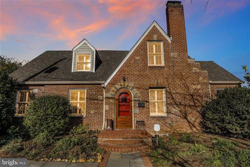 Photo of 201 UHLER TER, ALEXANDRIA, VA 22301 (MLS # VAAX253996)