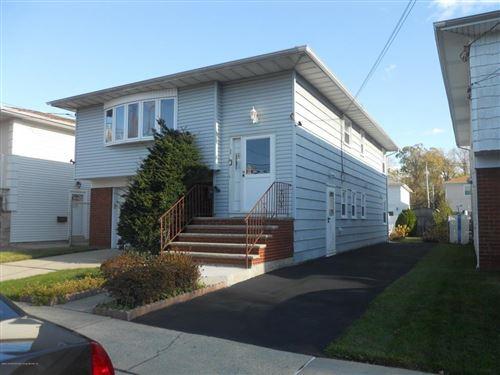 Photo of 194 Greencroft Avenue, Staten  Island, NY 10308 (MLS # 434727)