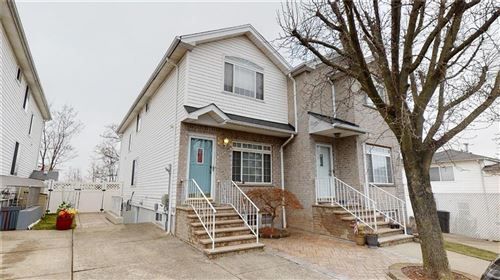 Photo of 40 Altavista Court, Staten  Island, NY 10305 (MLS # 436856)
