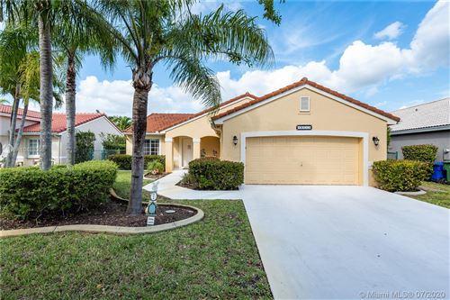 Photo of Pembroke Pines, FL 33027 (MLS # A10888008)