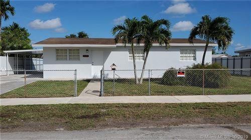 Photo of 19373 SW 114th Pl, Miami, FL 33157 (MLS # A10757021)