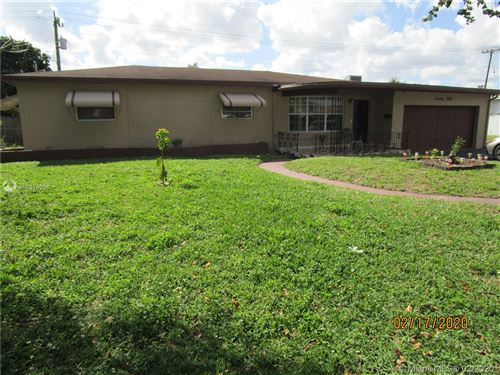 Photo of 7030 SW 15th St, Pembroke Pines, FL 33023 (MLS # A10819035)