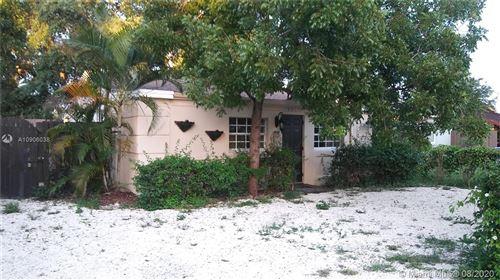 Photo of 1536 NE 2 avenue, Fort Lauderdale, FL 33304 (MLS # A10906038)