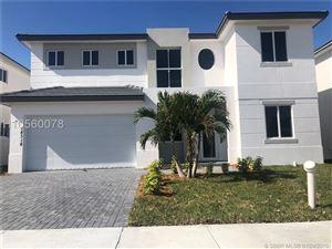 Photo of 18318 SW 139TH PATH, Miami, FL 33177 (MLS # H10560078)