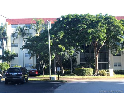Photo of 5300 NE 24th Ter #121C, Fort Lauderdale, FL 33308 (MLS # A10948096)