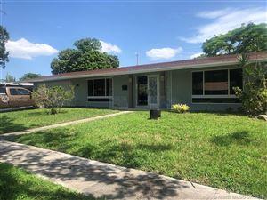 Photo of 5602 SW 2nd St, Plantation, FL 33317 (MLS # A10708102)