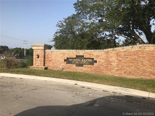 Photo of 172 Wimbledon Lake Dr #13-77, Plantation, FL 33324 (MLS # A10813116)